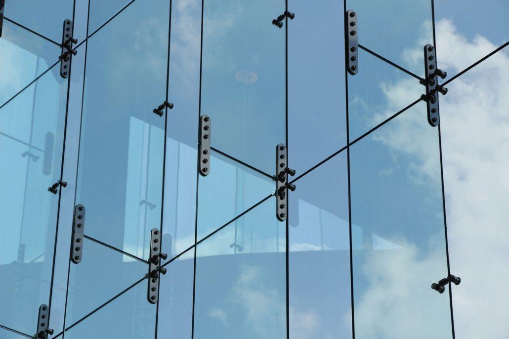Glass Fins | Hongjia Architectural Glass Manufacturer