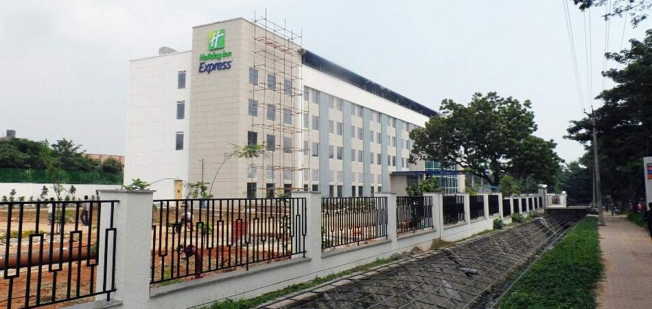 holiday inn express 2