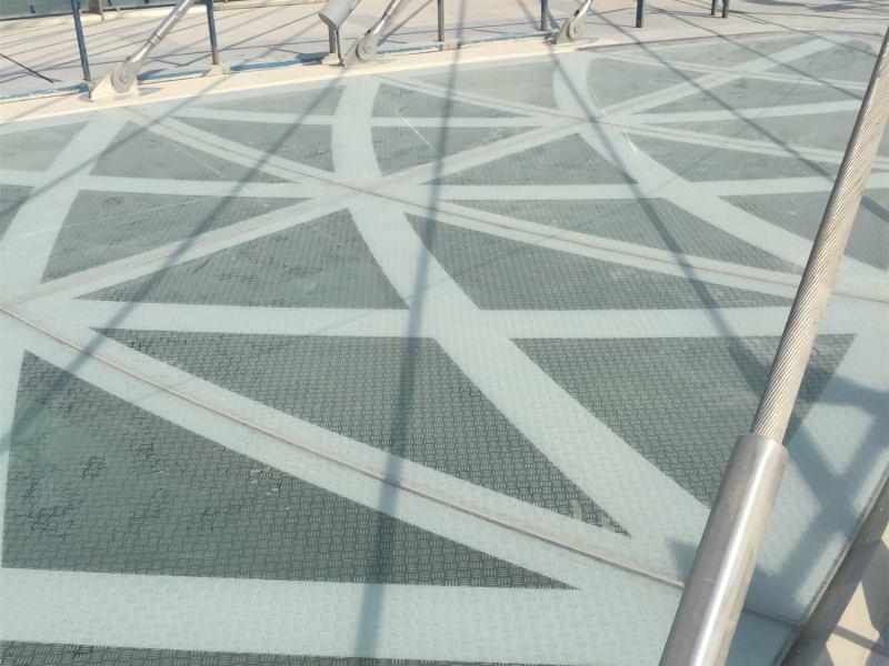 lusail pedestrian bridges 2